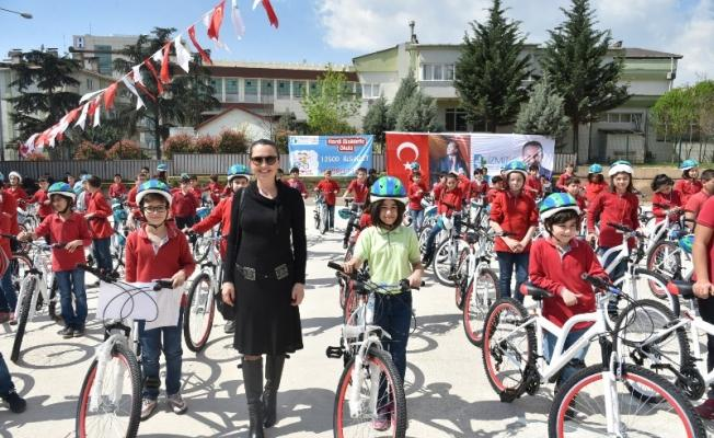 120 öğrenci daha bisiklete kavuştu