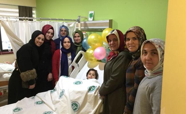 AKP'li kadınlar Çeliköz'ü unutmadı