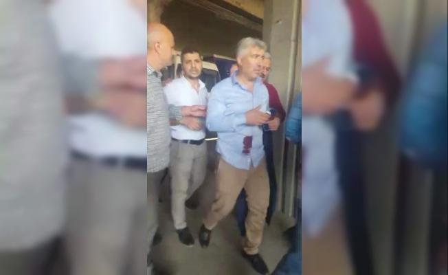 Ofisinde bıçaklanan avukat, saldırgandan ateş açarak kurtuldu