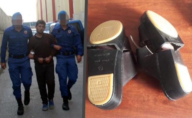 Terliklerinin tabanında uyuşturucu bulunan Afgan adliyede