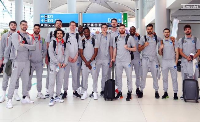 Anadolu Efes, Final Four için yola çıktı