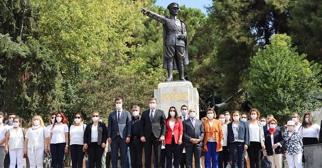 CHP Kocaeli, CHP'nin 97. Yaşını Ata'nın huzurunda kutladı!