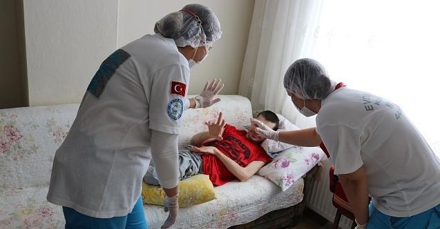 'Evde sağlık' destekleri kapsamında 52 bin 642 hastaya ulaşıldı!