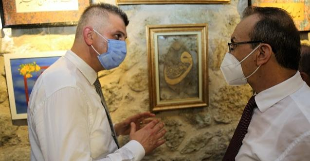 Hattat Ali Vasfi İzmidi Hüsn-i Hat Müzesi'nin ilk ziyaretçisi vali Seddar Yavuz oldu